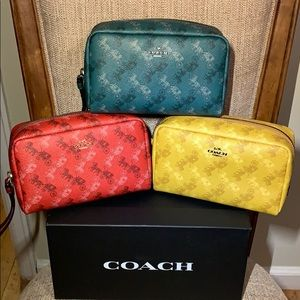 Coach Boxy Cosmetic Case 20 Horse and Carriage